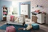3-tlg. Babyzimmer in alpinweiß mit Abs. im Eiche Stirling Dekor-Druck, Schrank B:136 cm, Wickelkommode B: 120 cm, Sprossenbett Liegefläche 70x140 cm