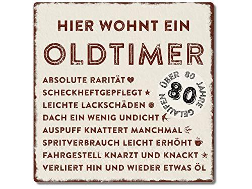 Interluxe Metallschild 20x20cm -Hier wohnt EIN Oldtimer 80 - wetterfestes Schild zum 80. Geburtstag Geschenkidee für Papa, Opa, Freund, Kollege oder Nachbar
