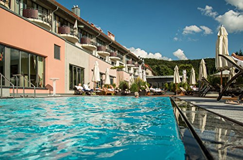 Jochen Schweizer Geschenkgutschein: Luxus-Wellness-Urlaub im Schlosshotel für 2