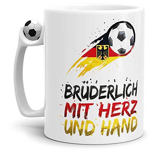 Tasse mit Fussball-Spruch Brüderlich - Fussball-Tasse - WM/EM/Weltmeister/Liga/Ball/Kicken/Deutschland