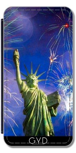 Leder Flip Case Tasche Hülle für Apple iPhone 4/4S - Dame Freiheit Feuerwerk by J McCool Lederoptik
