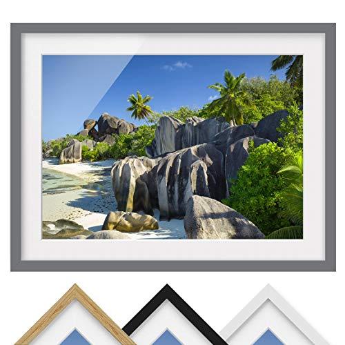 Bild mit Rahmen - Traumstrand Seychellen - Rahmenfarbe Grau, 30 x 40 cm