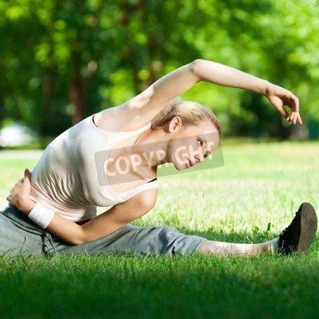 "Alu-Dibond-Bild 20 x 20 cm: ""Beautiful young woman doing stretching exercise on green grass at park. Yoga"", Bild auf Alu-Dibond"