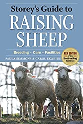 Storey's Guide to Raising Sheep (Storeys Guide to Raising) (Storey's Guide to Raising (Paperback))