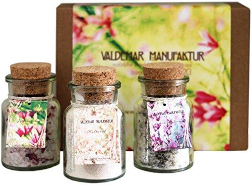 Geschenkset – 3 Badesalze – Premium-Badesalze der Valdemar Manufaktur – 100% natürliche Inhaltsstoffe, wunderschön und herrlich duftend. Je für 2 Anwendungen. In personalisierbarer Geschenkverpackung. Mit Molke, Totes-Meer-Salz, Epsom-Salz, ätherischen Ölen und Blüten. (Öl Himalaya-parfüm)