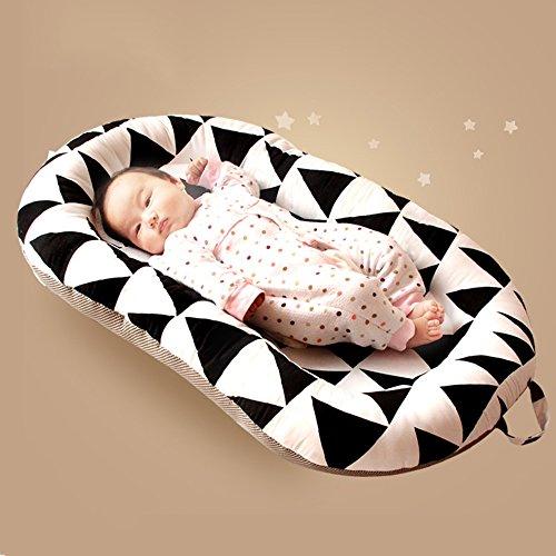 LJHA Lit de bébé Lit Pliant Portable Nouveau-né lit bébé 2 Couleurs Disponibles 58 * 98cm Oreillers d'allaitement ( Color : B )