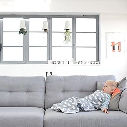51UbfkM%2BnEL. SS416  - Saco de dormir para bebés de 6 a 18 meses, de la marca Babasac. Diseño de nubes, color gris y turquesa