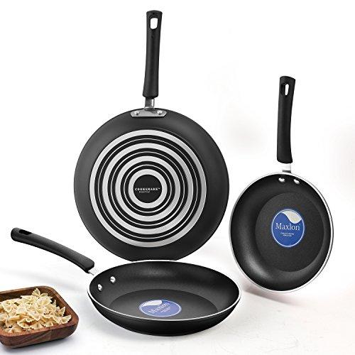 Omelette Pan (Aluminum essentiell Pfannen-set 3-teilig, (20, 24 und 28 cm) Kratzfeste Antihaftbeschichtung, kratzfeste spülmaschinenfeste Bratpfanne, Sauté Pan, Omelette Pfanne, PTFE/PFOA frei, Schwarz - by Cooksmark)