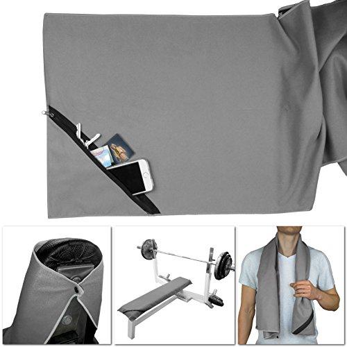 Sport-Handtuch aus Mikrofaser fürs Fitness-Studio ↔ ideale Breite für Geräte ↔ Extra-Fach, Reißverschluss + Geräte Befestigung | Hoch saugfähig, ultraleicht, antibakterielle Microfaser | schnelltrocknend, weich, mit Tasche (Grau)