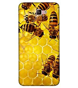 For Samsung Galaxy A7 (2017) honey bee ( honey bee, beehive, beautiful bee, nice beehive ) Printed Designer Back Case Cover By FashionCops