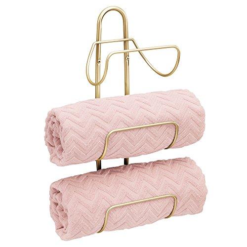 mDesign Handtuchhalter zur Wandmontage – Handtuchablage aus Metall mit 3 Halterungen – schickes Badregal für Badetücher, Handtücher und Waschlappen – messingfarben