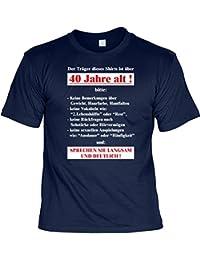 T-Shirt zum Geburtstag - Der Träger dieses Shirts ist über 40 Jahre alt - mit Urkunde als Geschenk - Farbe: Navy Blau
