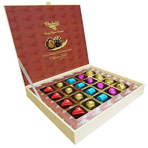 Chocholik Raksha Bandhan Gift Box - World's Best Bro Chocolates Box For Brother - 20pc + Free Rakhi