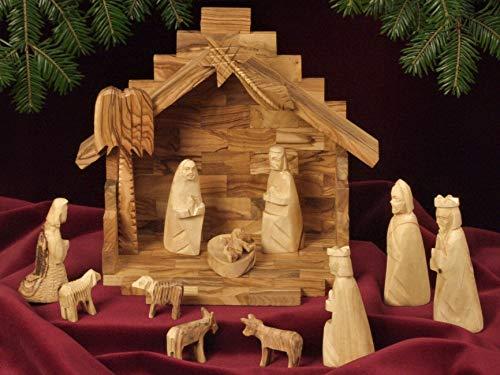 Originale figura santa personaggi presepe. stile semplice. 11 – giocattolo per presepe con stalla abbinata. in legno di ulivo intagliato a mano. altezza dei personaggi in piedi: circa 11 cm.