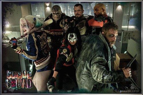 Suicide Squad Poster Team (62x93 cm) gerahmt in: Rahmen anthrazit metallic