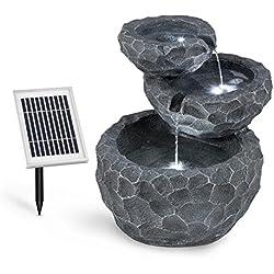 Blumfeldt Murach • Fuente con Panel Solar • Fuente de jardín • Cascada • Iluminación LED • Panel Solar de 2 kW • Batería de 2000 mAh • Hecho de Resina Resistente a Las heladas
