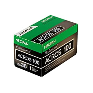 Fujifilm Neopan Pellicules Noir et Blanc pour Appareil Photo Argentique - Format 135 - 36 Poses