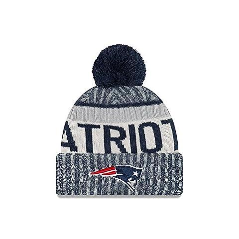 New England Patriots New Era 2017 NFL Sideline On Field Sport Knit Hat Chapeau - Navy