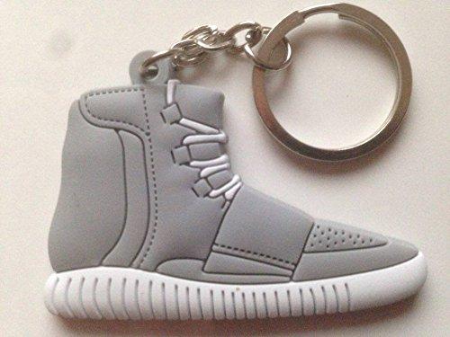 Preisvergleich Produktbild Adidas Yeezy 750 Boost Schlüsselanhänger Grau Sneaker Keychain Grey