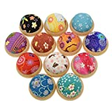 YNuth 1pz Pin Cuscino Pin Cushion Puntaspilli in Tessuto Legno Rivestito Fiore Giappone Caino Stile Colore Causale