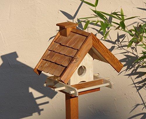 Vogelhaus BTV-VOWA3-dbraun002 Großes Vogelhäuschen + 5 SITZSTANGEN, KOMPLETT mit Futtersilo + SICHTGLAS für Vorrat PREMIUM Vogelhaus – ideal zur WANDBESTIGUNG – Futterhaus, Futterhäuschen WETTERFEST, QUALITÄTS-SCHREINERARBEIT-aus 100% Vollholz, Holz Futterhaus für Vögel, MIT FUTTERSCHACHT Futtervorrat, Vogelfutter-Station Farbe braun dunkelbraun schokobraun rustikal klassisch, Ausführung Naturholz MIT TIEFEM WETTERSCHUTZ-DACH für trockenes Futter - 3