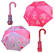 Originalissimo ombrello di Peppa Pig, la simpatica maialina amata da tutte le bimbe. Ombrello originale con licenza PEPPA PIG.  Colore: trasparente con disegni rosa e fucsia Altezza ombrello: 62 cm Diametro ombrello aperto: 70 cm . Il produ...