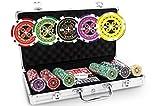 POKEO Malette Poker 300 Jetons Ultimate - Set de 300 jetons de Poker 13,5g + Mallette Aluminium + 2 Jeux de Cartes 100% Plastique + Bouton Dealer