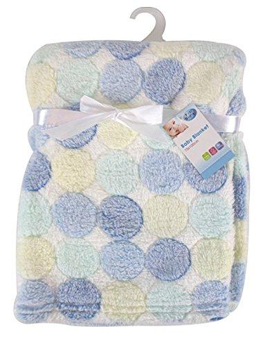 """First Steps"" - Manta para bebé de vellón suave en diseño de lunares azules 75 x 100cm de Newborn"