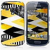 Coque Samsung Galaxy S3 mini de chez Skinkin - Design original : Yellow Peaks par Elisabeth Fredriksson