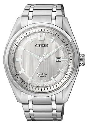 Citizen Super Titanium - Reloj de cuarzo para hombre, con correa de titanio, color plateado de Citizen