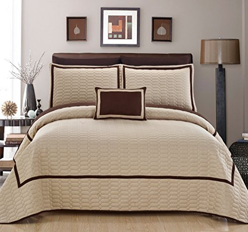 Chic Home 8 Piece Mesa Hotel Collection 2 Tone Banded Quilted Geometrical Embroidered, Quilt In A Bag, Includes Sheets Set Quilt Set Shams And Decorative Pillows Included, King, Beige by Chic Home