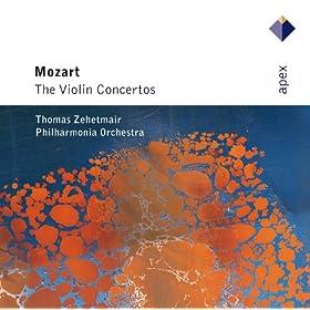 Violin Concerto No.1 in B flat major K207 : I Allegro moderato