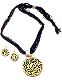 More Bangla Women's Pride Puja Bahaar Terracotta Jewellery Set (Black)