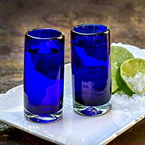 Glasmanufaktur Mitienda, Schnapsglas 2er Set Blau, Shot Gläser, Tequila Glas, Vodka Glas, Gläser 9cm, Mundgeblasenes Glas Aus Mexiko, Pinnchen, Glas-Recycling, Geschenk