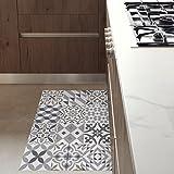Küchenläufer Rutschfest und feuerfest. Eclectic Grey 60x80cm. Diese Matte wird mit einem Mop leicht gereinigt. In Barcelona hergestellt. Wie Zementfliese in deiner Küche ohne Bauarbeiten.