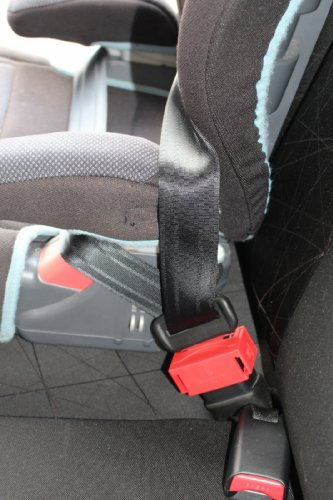 bucklesafe-car-seat-belt-buckle-guard