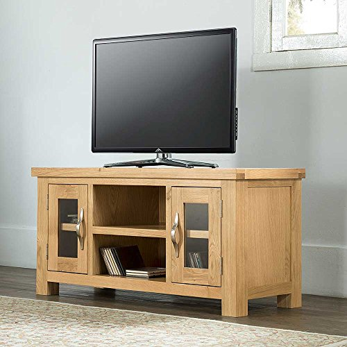 Valencia Oak Contemporary Large TV Unit Table, 2 Large Shelves 2 Cupboards.