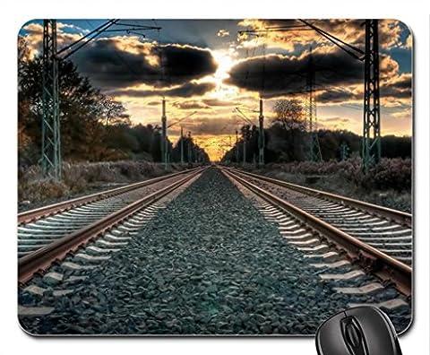 Amazing Straight Train Tracks Hdr Mouse Pad, Tapis de Souris