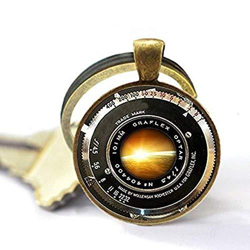 Llavero para cámara de fotos vintage con diseño de cámara antigua, color gris y blanco