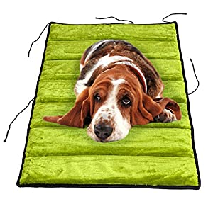Reisedecke Chico, Hundedecke für unterwegs aus Plüsch - Kunstleder, Liegeplatz in schwarz/grau, schwarz/grün oder braun/braun, Hundebett als Autodecke wahlweise in den Größen S oder M