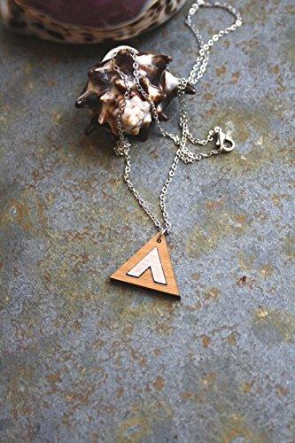 collier-triangle-gomtrique-pendentif-chevron-style-minimaliste-en-bois-rock-graphique-et-bohme-chic-
