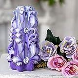 Wunderschöne handgefertigte hellviolette Kerze als Geschenk für Weihnachten - schöne geschnitzte Kerze für die Dekoration