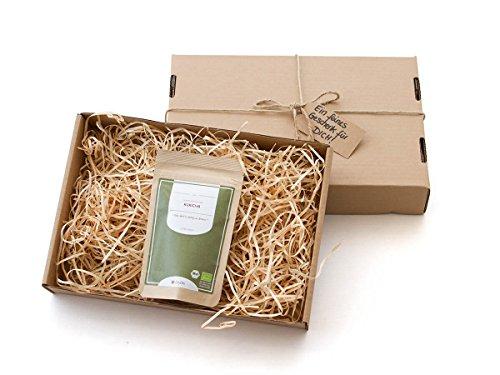 Gesundes Tee-Geschenk mit Grüner Tee Kukicha BIO, Qualität Premium. 50 g, lose, nicht aromatisiert. Aus kleinem Tee-Garten Präfektur Uji/Kyoto. Sehr gut verträglich, ein Abend-Tee. Mit Geschenk-Verpackung und Grußkarte (Jasmin Tee Frei Koffein Grüner)