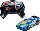 Hot Wheels FBL83 Ai Intelligent Race System mit 2 Spielzeugautos und 2 Fernsteuerungen, Spielzeug ab 8 Jahren Vergleich