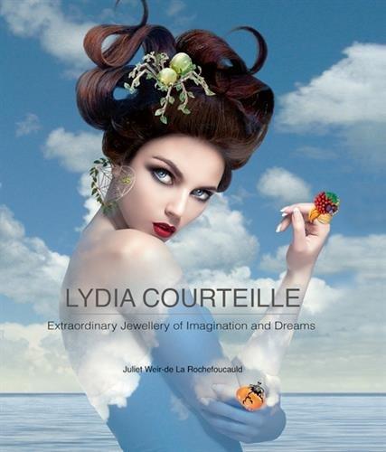 Lydia Courteille par Juliet Weir-de La Rochefoucauld