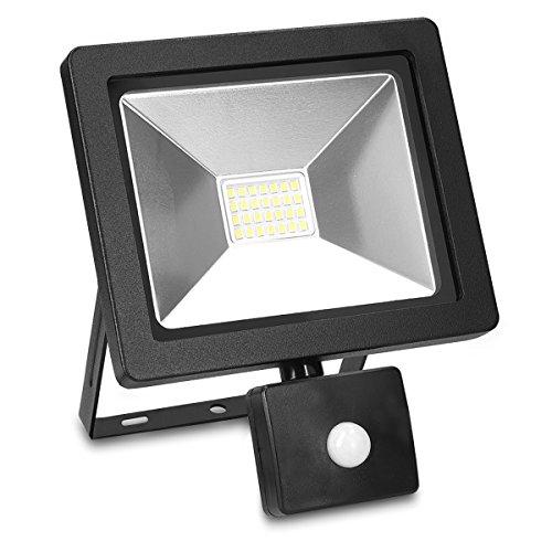 kwmobile LED Flutlicht mit Bewegungsmelder - 20W LED-Strahler 1600 Lumen - Stromkabel Dämmerungssensor - LED-Fluter Strahler - Scheinwerfer Leuchte -