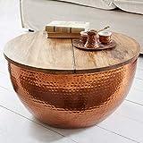 CAGÜ: Industriedesign Couchtisch [PULIM] Natur aus Mangoholz und Kupferkorpus mit Hammerschlagtechnik modelliert 60cm Ø
