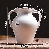 Retro Keramik Vasen Wohnzimmer ist eingerichtet in trockenen playmate Modell für Hotel Zimmer ist eingerichtet und möbliert , weiche, weiße Ohren niedrig, Vase