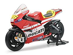 New Ray Toys Street Bike 1:12 Scale Motorcycle - Ducati MotoGP Valentino Rossi 57063