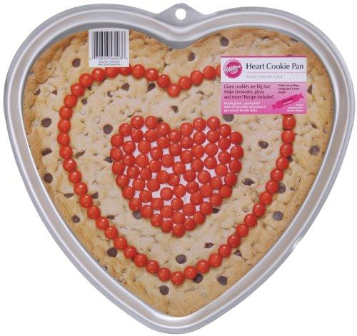 Wilton Giant Plätzchenform HEART silber - Giant Cookie Pan
